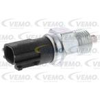 Przełącznik świateł cofania VEMO V38-73-0011